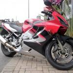 バイクの凹みや傷は売る前に修理しておくべき?